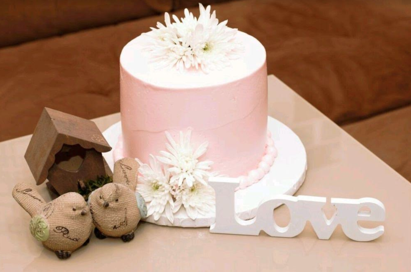 You Can Celebrate Intimately With Your Partner Or Involve Friends And Family By Having A Successful Party The Wedding Anniversary Cakes For Are