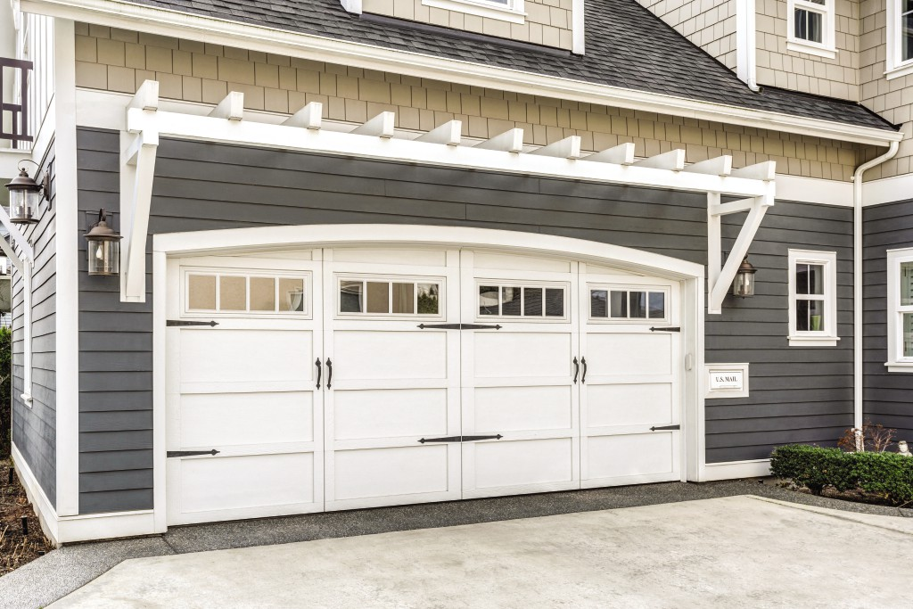 ... then an automated garage door opener can do all this and more. Here are four reasons why should get an automated garage door opener for your garage. & Four Benefits of an Automated Garage Door Opener \u2013 Brookes News